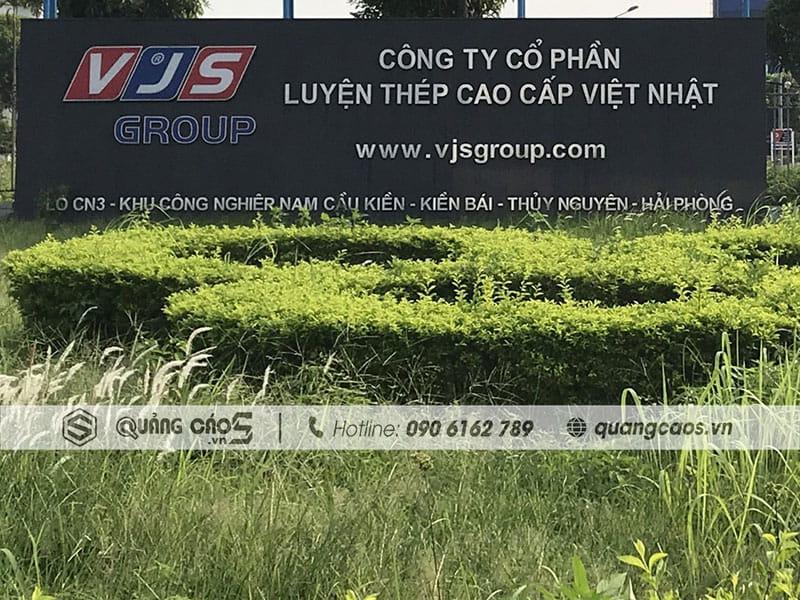 Biển hiệu công ty Thép Việt Nhật Thuỷ Nguyên Hải Phòng