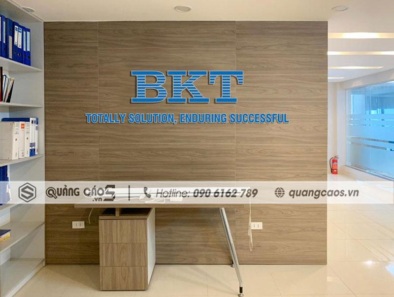 Vách công ty BKT