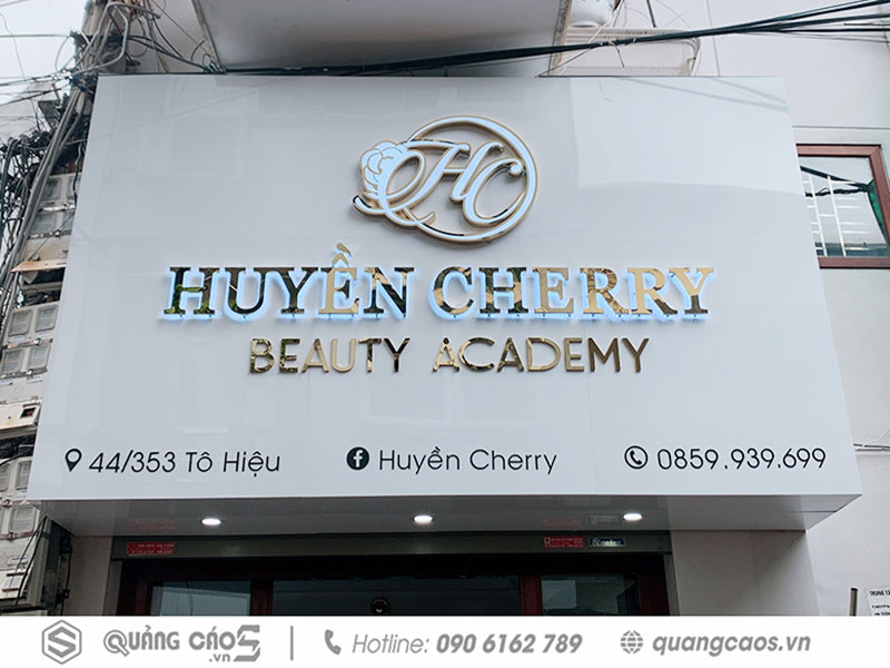 Biển quảng cáo Huyền Cherry