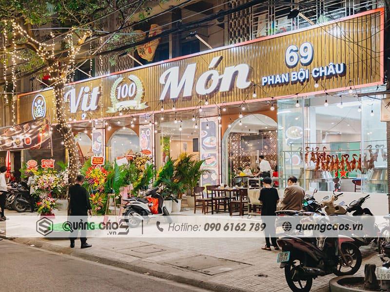 Biển quảng cáo Vịt 100 món tại 69 Phan Bội Châu Hải PHòng